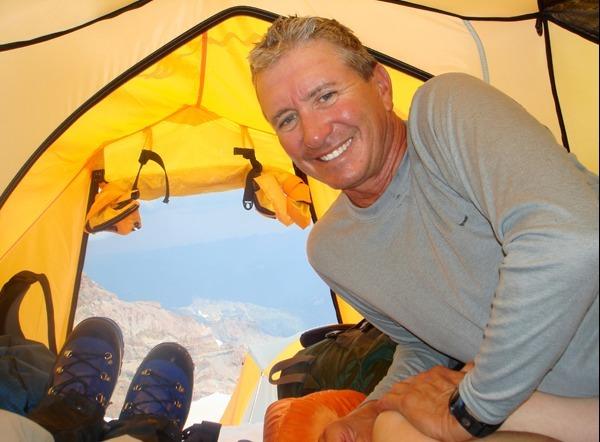 Mark Sheridan climbs Mount Rainier